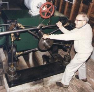 Harris-steam-engine-1892