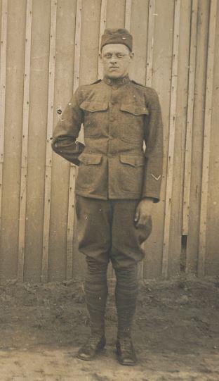 Raph Whatley uniform jp